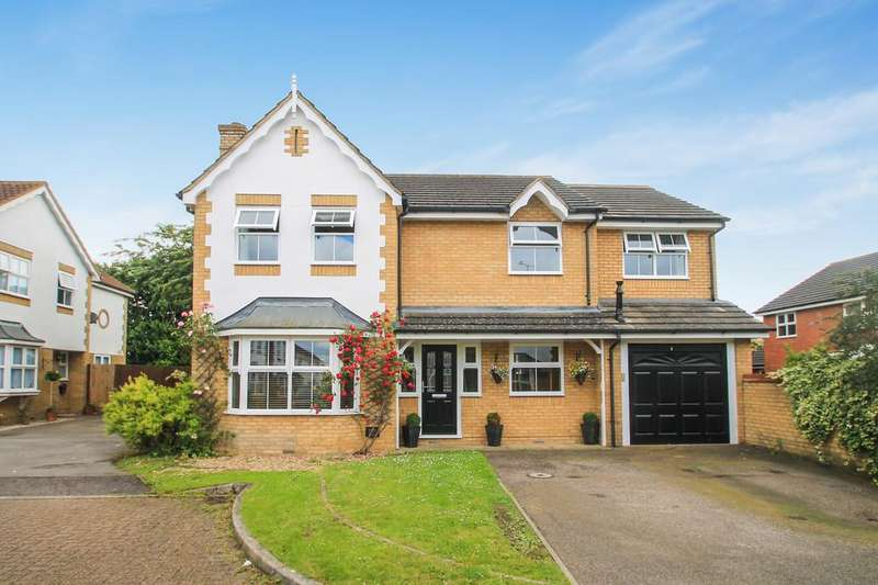 4 Bedrooms Detached House for sale in Watermead, Aylesbury