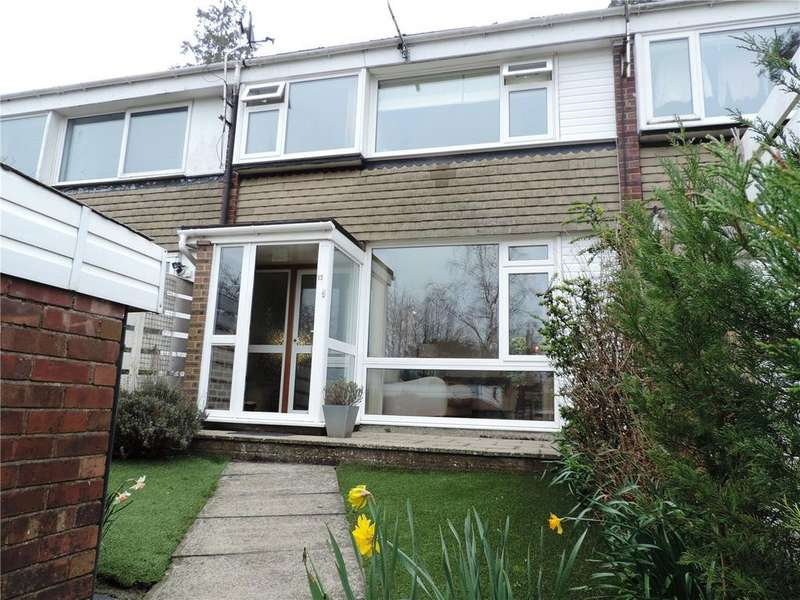 3 Bedrooms Terraced House for sale in Cedar Ridge, Tunbridge Wells, Kent, TN2