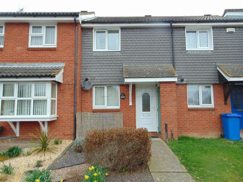 2 Bedrooms Terraced House for sale in Hazebrouck Road, Faversham, ME13