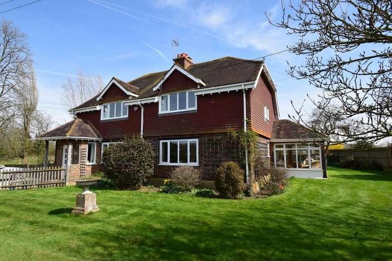 4 Bedrooms Detached House for sale in Staplehurst, Kent