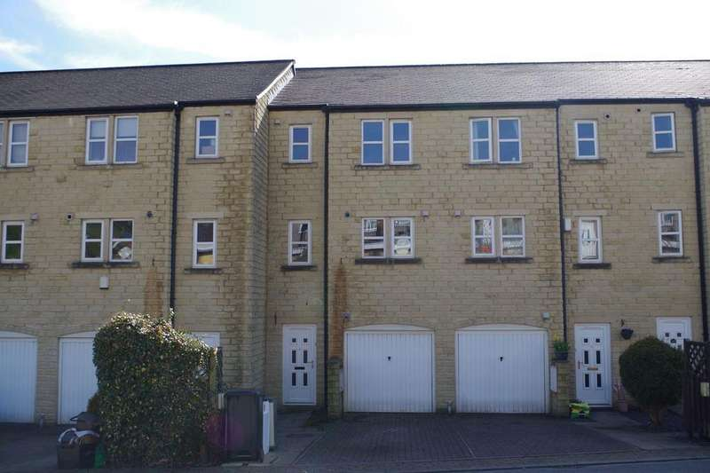 4 Bedrooms Town House for sale in Daisy Hill Close, Luddenden, Halifax HX2