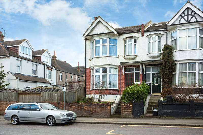 3 Bedrooms End Of Terrace House for sale in George Lane, London