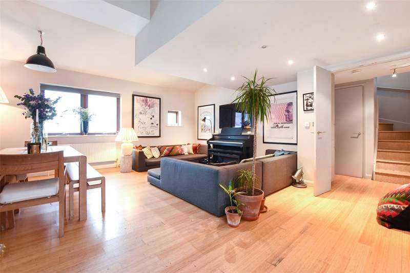 3 Bedrooms Flat for sale in Atlantic House, 14 Waterson Street, London, E2