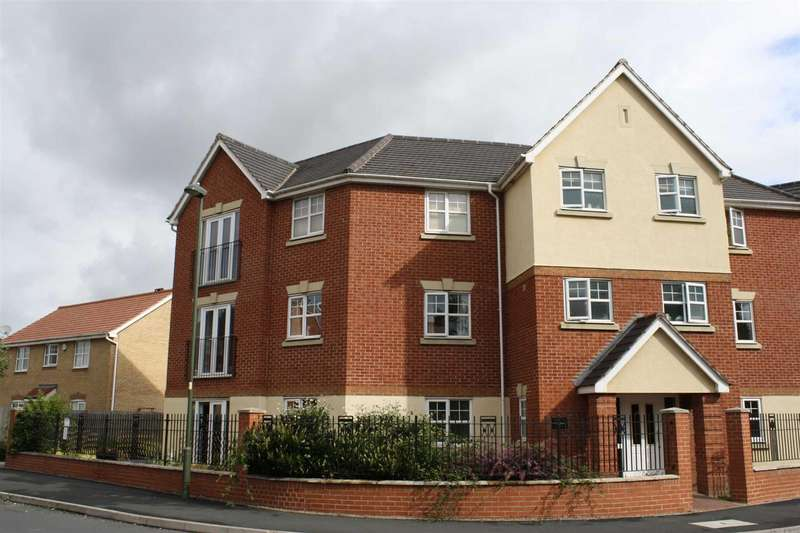 2 Bedrooms Flat for rent in Newton Square, Breme Park, Bromsgrove