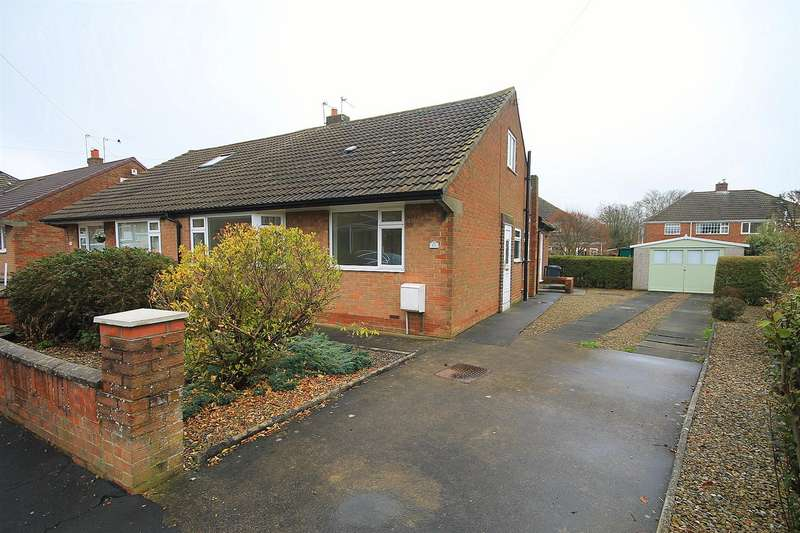 3 Bedrooms Semi Detached Bungalow for sale in Grange Road, Carrville, Durham