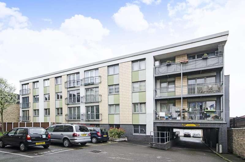 1 Bedroom Flat for sale in Lower Clapton Road, Lower Clapton, E5