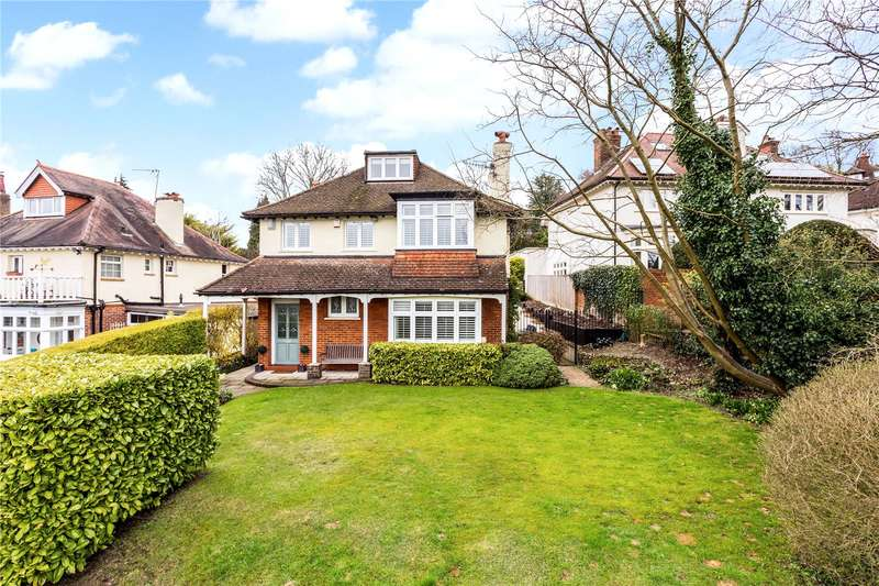 4 Bedrooms Detached House for sale in Westhall Road, Warlingham, Surrey, CR6