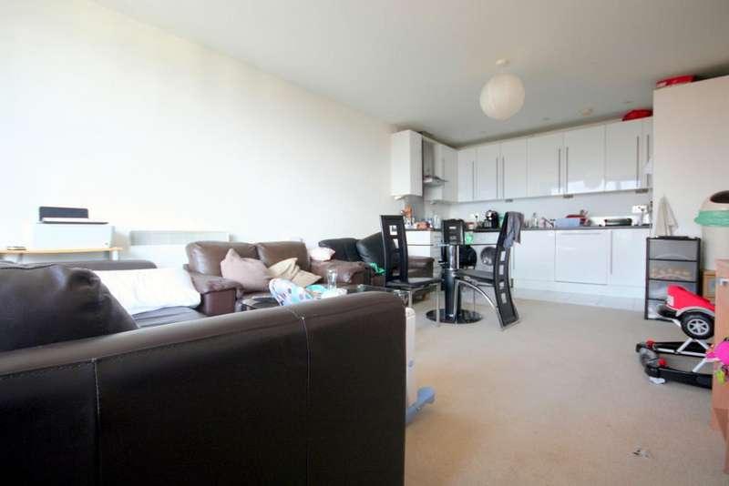 1 Bedroom Flat for sale in Hallsville Road, London E16