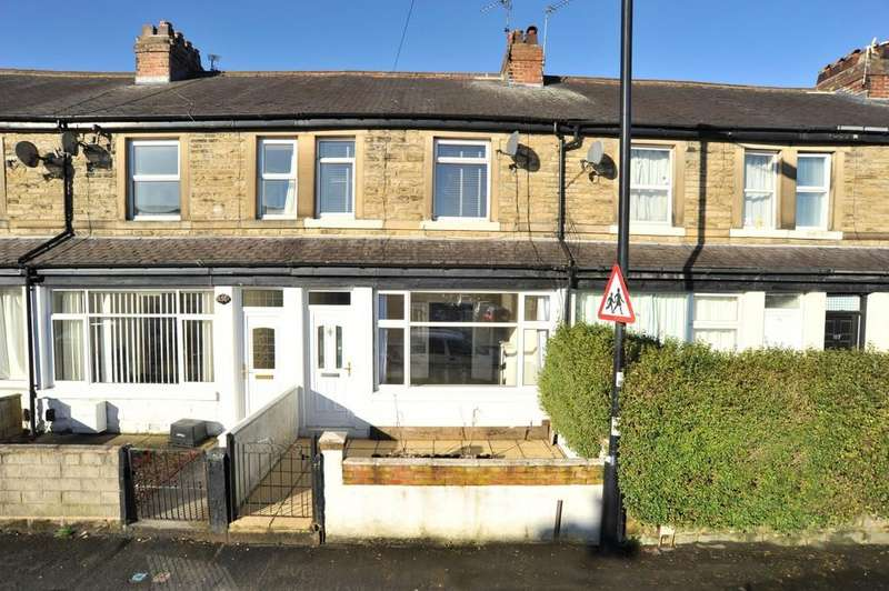3 Bedrooms Terraced House for sale in King Edward's Drive, Harrogate
