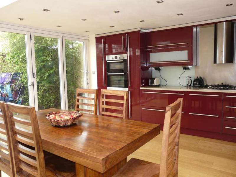 5 Bedrooms House for rent in Upper Hamilton Road, , Brighton