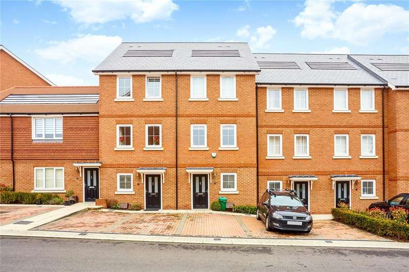 3 Bedrooms Terraced House for sale in Woodland Road, Dunton Green, Sevenoaks, Kent, TN14