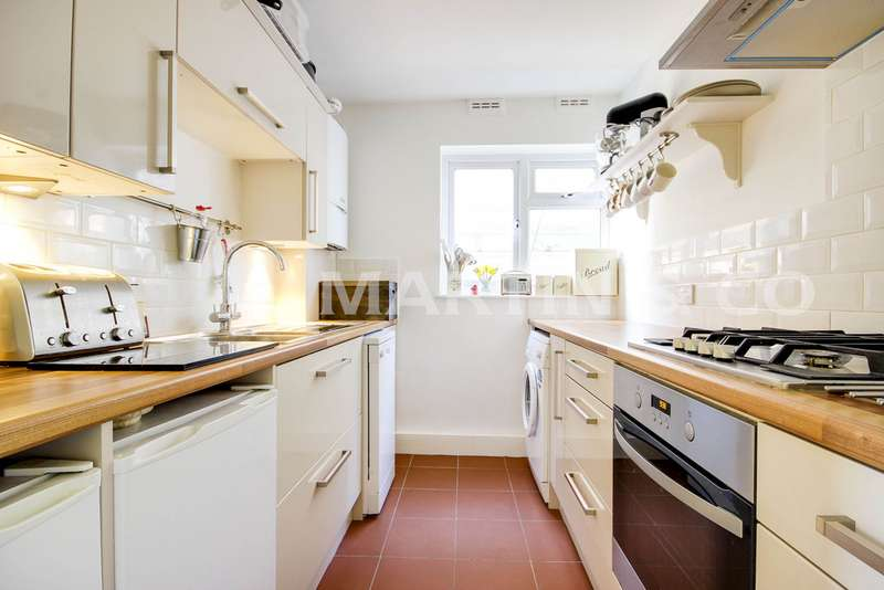 2 Bedrooms Property for sale in Cleveland Road, South Woodford E18