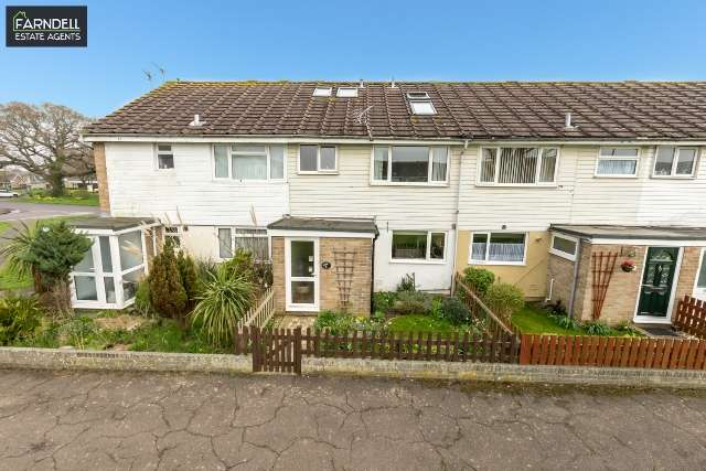 5 Bedrooms Terraced House for sale in Willowhale Green, Rose Green, Bognor Regis, West Sussex. PO21 4LN