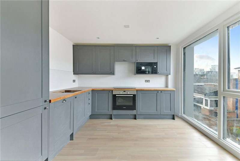 2 Bedrooms Flat for sale in Bow Common Lane, London, E3