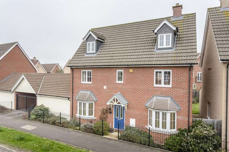 5 Bedrooms Detached House for sale in Walson Way, Stansted Mountfitchet, Essex