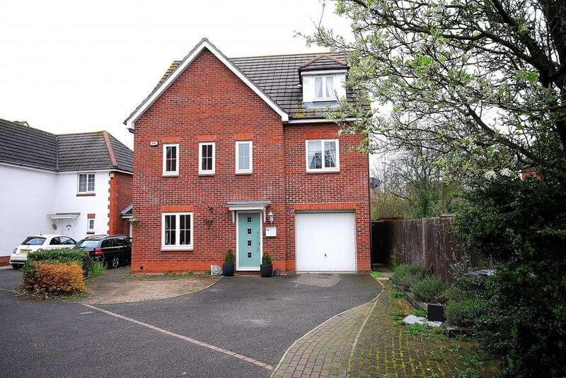 6 Bedrooms Detached House for sale in Harvest Way, Heybridge, Maldon, Essex, CM9