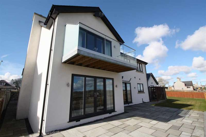 4 Bedrooms Detached House for sale in Hafod, Rhosmeirch, Rhosmeirch