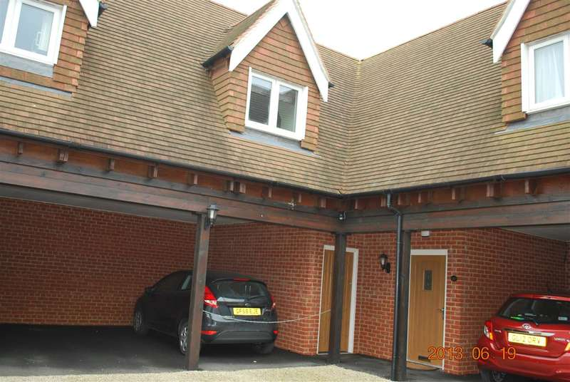 1 Bedroom Apartment Flat for rent in COPSE FARM, CHATTENDEN