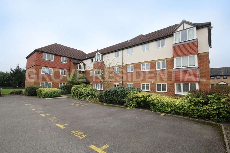 2 Bedrooms Flat for sale in Moray Close, Edgware, Greater London. HA8 8AR