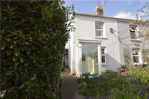 2 Bedrooms Semi Detached House for sale in Etheldene Road, Cashes Green, Gloucestershire, GL5 4RF