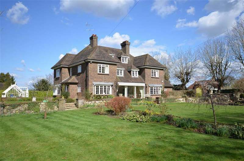 6 Bedrooms Detached House for sale in Great Austins, Farnham