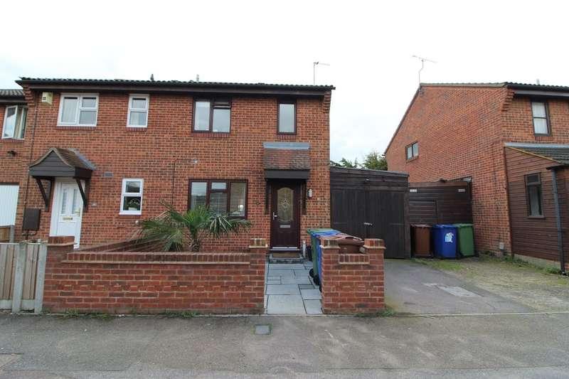 3 Bedrooms End Of Terrace House for sale in Kipling Avenue, Tilbury
