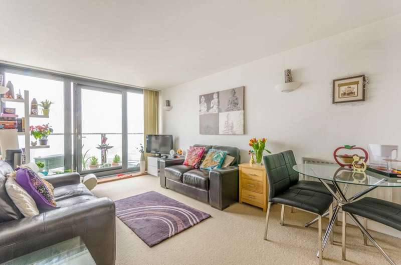 1 Bedroom Flat for sale in Neutron Tower, Canary Wharf, E14