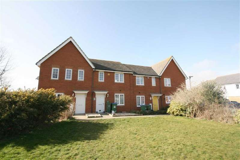 3 Bedrooms Terraced House for sale in Westview Close, Peacehaven