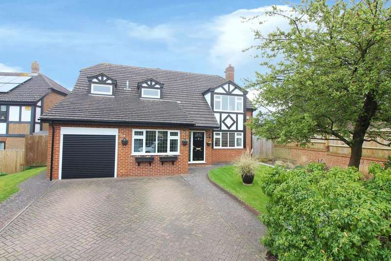 4 Bedrooms Detached House for sale in Ash Meadows, Ashford, Kent, TN24 0LW