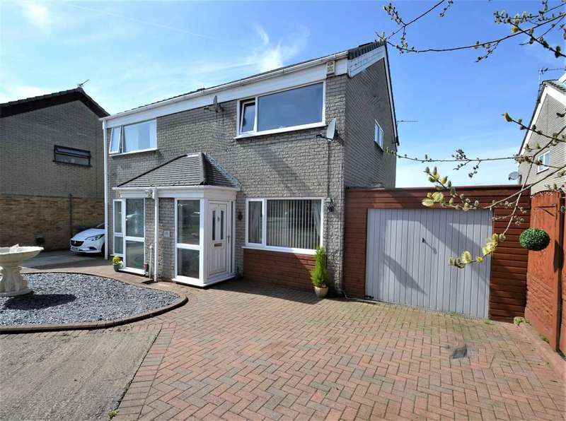3 Bedrooms Semi Detached House for sale in Fountains Close, Manchester