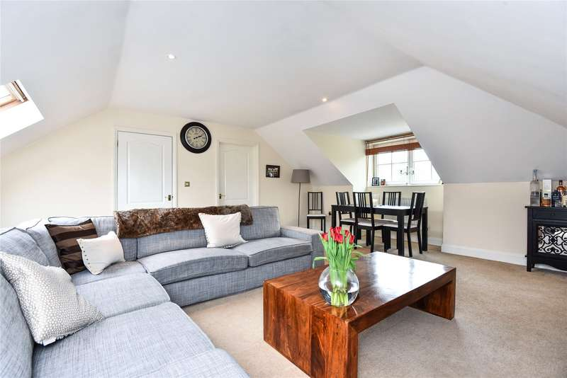 2 Bedrooms Apartment Flat for sale in Tides End Court, 54 Portsmouth Road, Camberley, Surrey, GU15