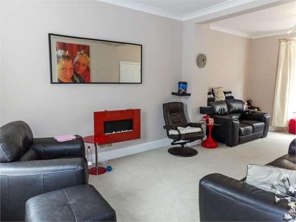 3 Bedrooms Terraced House for sale in Morgans Terrace, Pontrhydyfen, Port Talbot, West Glamorgan