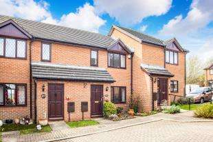 2 Bedrooms Terraced House for sale in Sturry Court Mews, Sturry, Canterbury, Kent