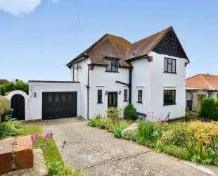 3 Bedrooms Detached House for sale in Bevendean Avenue, Saltdean, Brighton, East Sussex
