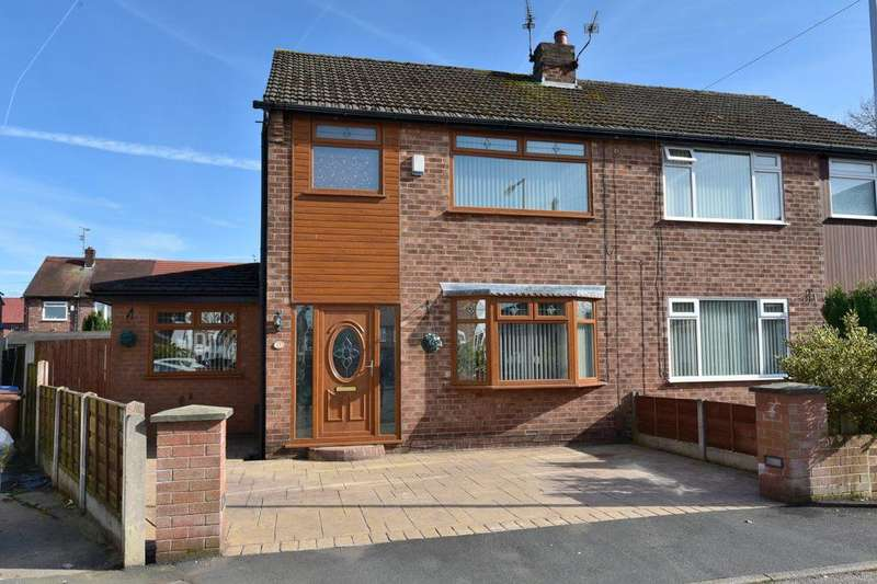 3 Bedrooms Semi Detached House for sale in Elder Close, Offerton, Stockport, SK2 5AW