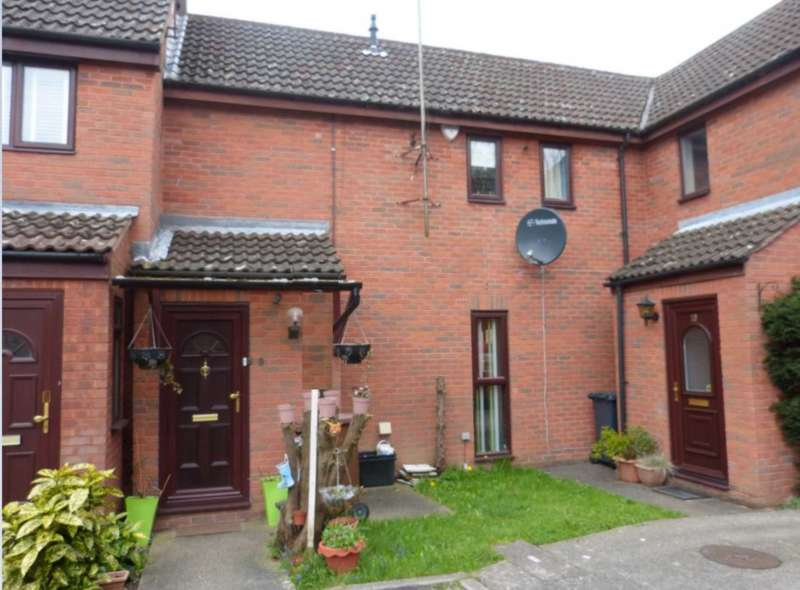 2 Bedrooms Terraced House for sale in Britten Close, Elstree