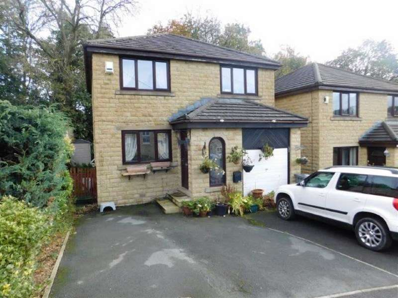 4 Bedrooms Detached House for sale in Birks Road, Longwood, Huddersfield