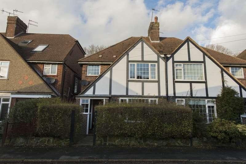 4 Bedrooms Semi Detached House for sale in Crendon park, Tunbridge wells, Kent, TN4
