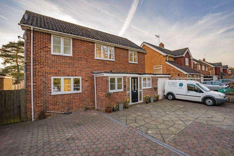 3 Bedrooms Detached House for sale in Streamside, Tonbridge