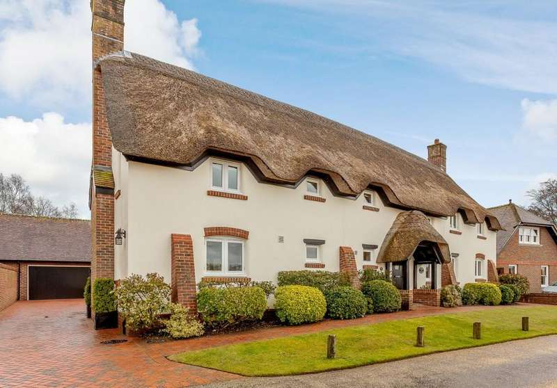 4 Bedrooms Detached House for sale in Witchampton Mill, Witchampton, Wimborne