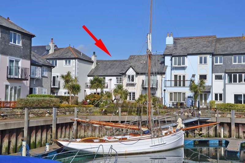 3 Bedrooms Terraced House for sale in Port Pendennis, Falmouth, South Cornwall, TR11