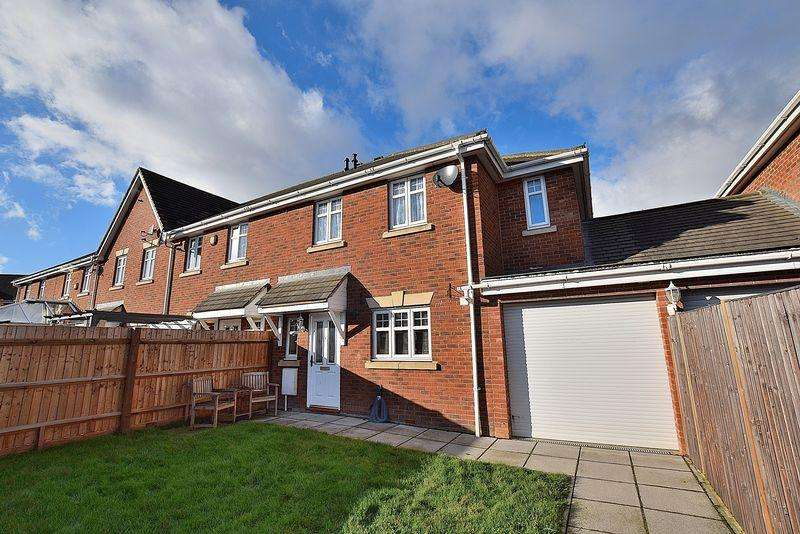 4 Bedrooms End Of Terrace House for sale in Frenchs Gate, North Dunstable
