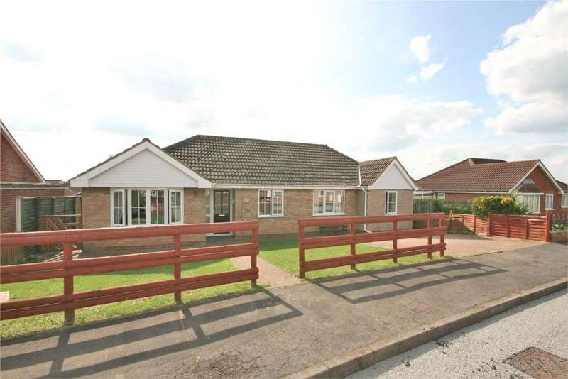 4 Bedrooms Detached Bungalow for sale in Newbolt Close, Caistor, LN7
