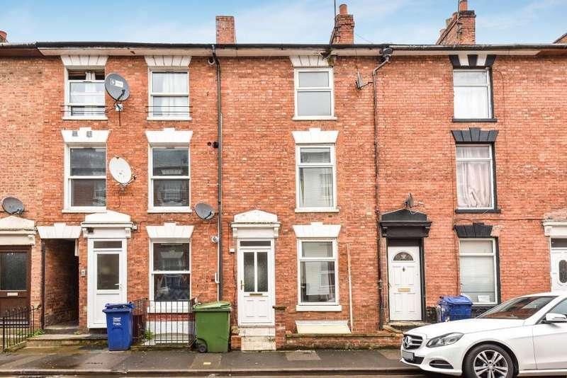 4 Bedrooms House for sale in Gatteridge Street, Banbury, OX16