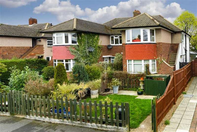 3 Bedrooms Maisonette Flat for sale in Amis Avenue, West Ewell, Surrey