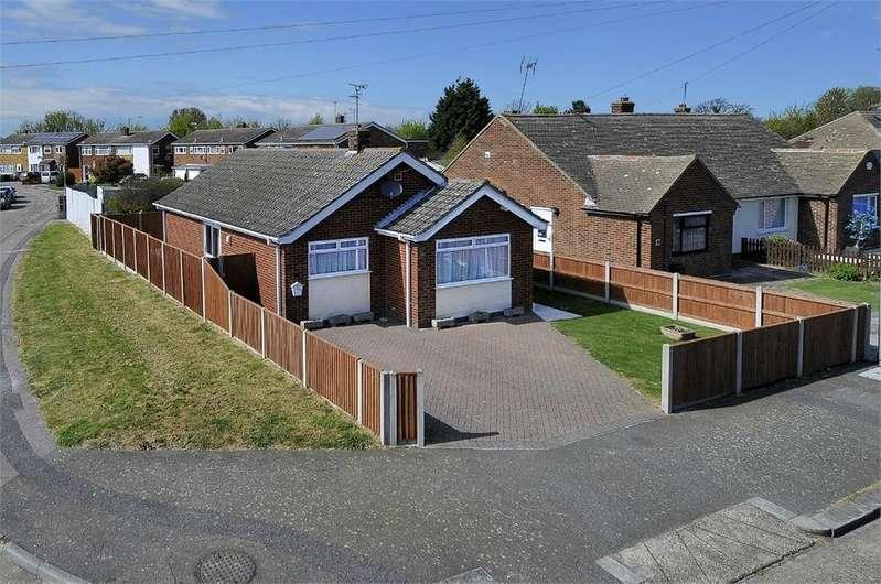 2 Bedrooms Detached Bungalow for sale in Fife Road, Herne Bay, Kent