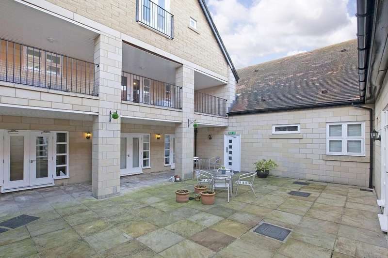 2 Bedrooms Apartment Flat for sale in Albert Simmons Way, Burley In Wharfedale