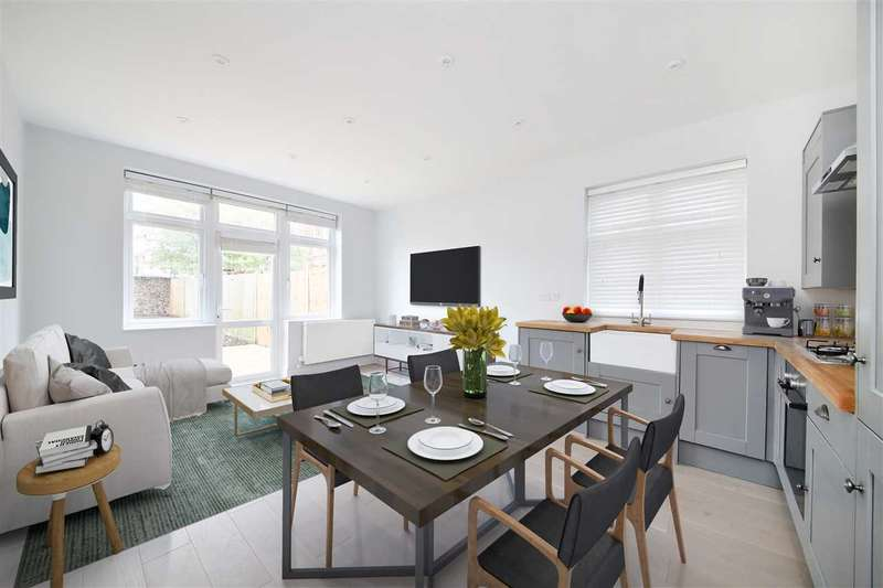 2 Bedrooms Apartment Flat for sale in Troutbeck Road, New Cross