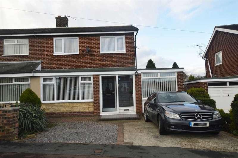 4 Bedrooms Semi Detached House for sale in Moor Crescent, Gilesgate