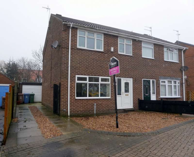 3 Bedrooms Semi Detached House for sale in Thornton Grove, Preston, Hull, HU12